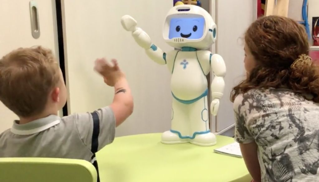 Teaching greeting to children with autism using QTrobot